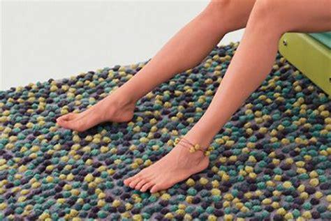 alfombras  pompones decoracion
