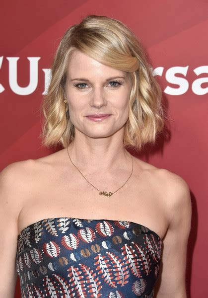 joelle carter picture 16 the annual make up artists and hair joelle carter joelle carter photos photos 2017