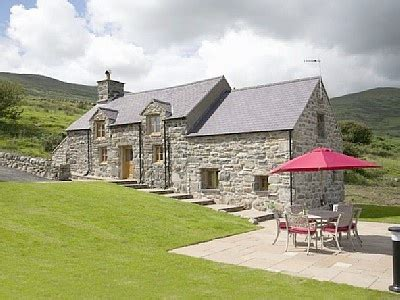 barmouth cottage rental coed y moel tiny future house
