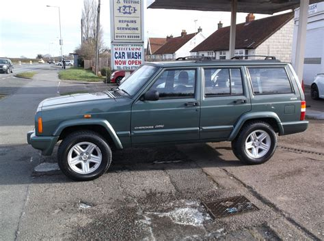 jeep cherokee green 2000 100 2000 green jeep cherokee 2018 jeep cherokee