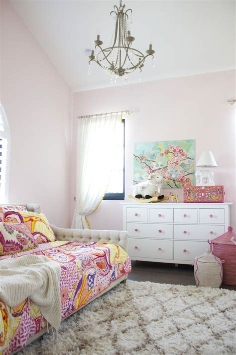 shabby chic toddler bedroom 20 whimsical toddler bedrooms for little girls