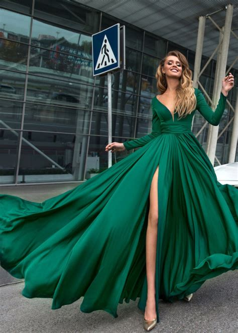 gorgeous green prom dresses long sleeve  satin formal