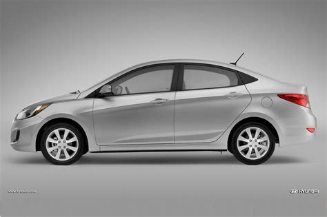 how to learn all about cars 2013 hyundai accent navigation system 2013 hyundai accent reviews and rating motor trend