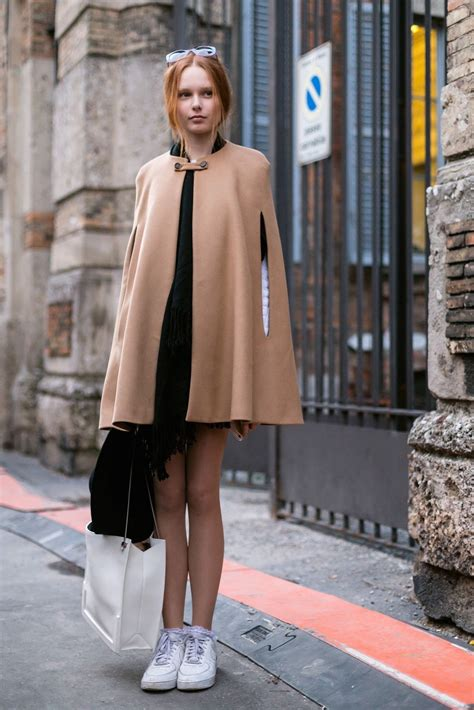 wear  winter cape  styling ideas glamour