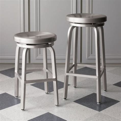 Metal Kitchen Bar Stools | 20 modern kitchen stools for an exquisite meal