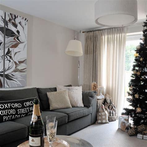 glamorous living rooms glamorous festive living room housetohome co uk