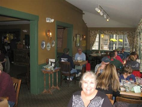 common lincoln nh dining area the common lincoln nh picture of