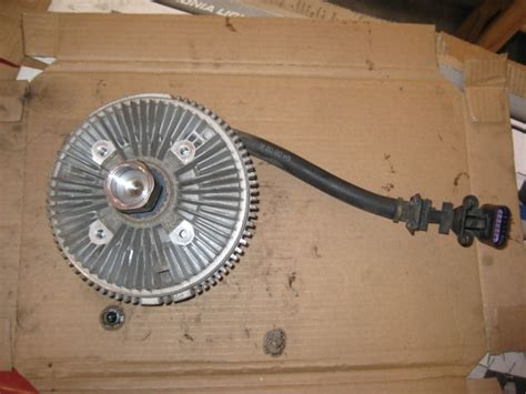 03 gmc envoy fan clutch solved envoy fan clutch replacement photos chevy