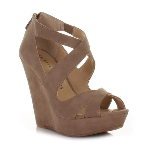 womens taupe laundry motion cross strappy wedge