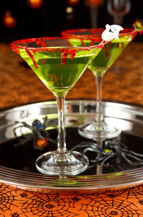 halloween drinks halloween inspired cocktails youne
