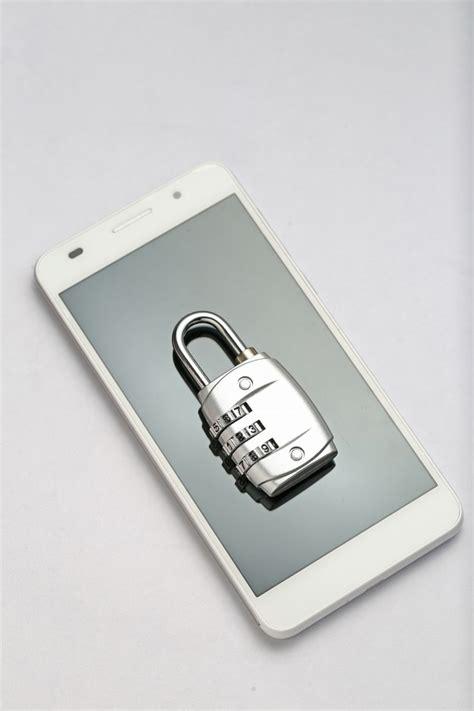 password lock   phone screen photo