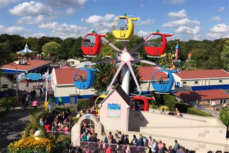 paultons park a sunny day at peppa pig world paultons park hshire