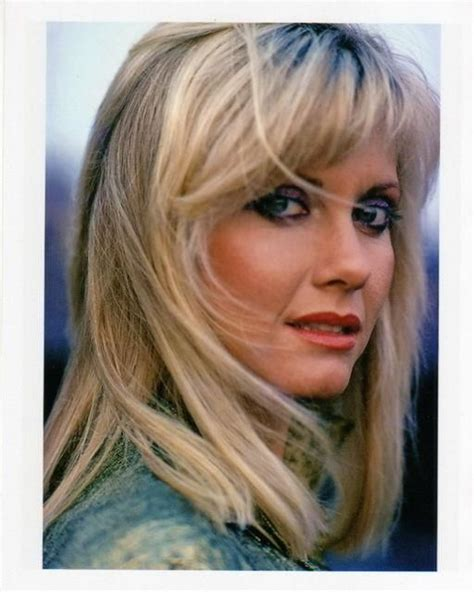 olivia newton john hairstyles music of olivia newton john hairstyles colors pinterest