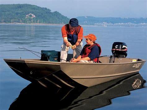 lowe 1440 jon boat for sale lowe l1440m boats for sale boats