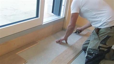 Fließestrich Auf Holzboden by Parkett Verkleben Die Vollfl 228 Chige Verklebung