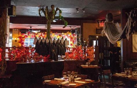 halloween themes for a bar halloween attire foto di knickerbocker bar and grill