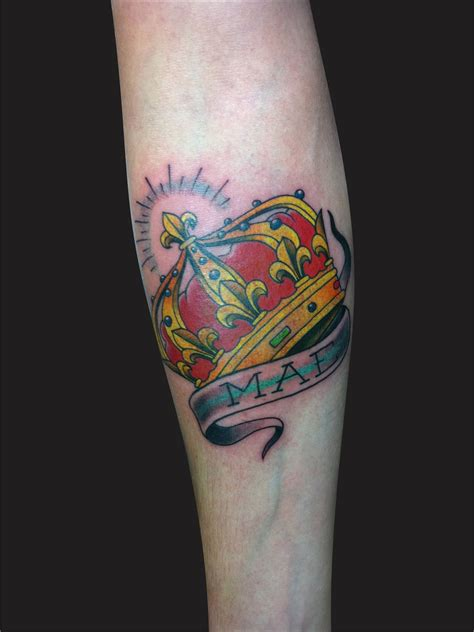 heart with crown tattoo designs crown tattoos designs ideas and meaning tattoos for you