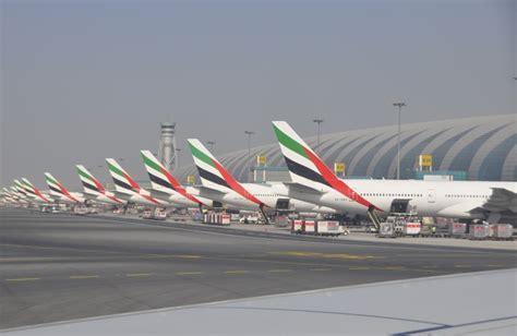 emirates flight 521 emirates flight 521 initial report suggests pilot error