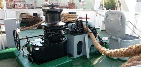 vertical boat winch ymv capstan ymv vertical windlass
