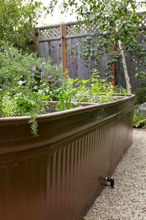 13 creative diy solutions for raised garden beds webecoist