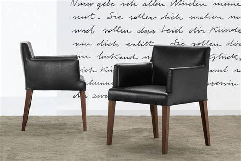 Due Chairs by Velvet Velvet Due Chair Poliform Tomassini Arredamenti