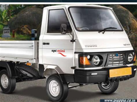 Piaggio Ape Truk Plus piaggio unveils new ape mini truck the economic times