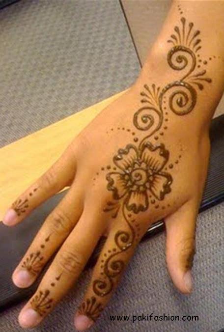 henna tatto in hand indian mehndi designs for 0016 mehndi