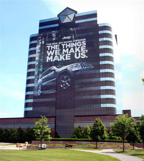 Chrysler Hq by Chrysler Hq Turned To Billboard For The 2011 Grand