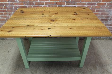 pine kitchen island your basic pine kitchen island ecustomfinishes