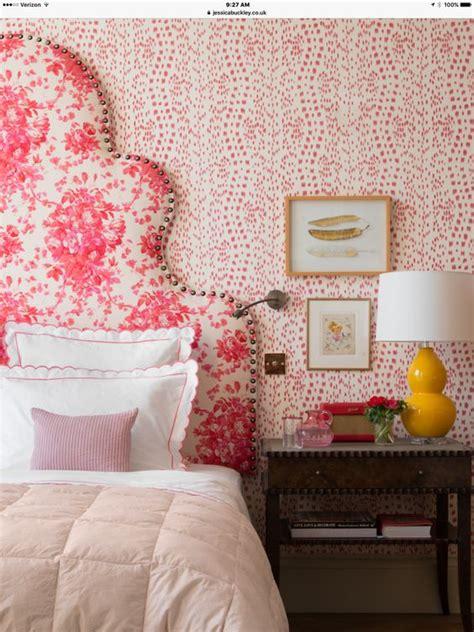 Tempat Tidur Ful Ukiran Motif Bunga Bunga inspirasi headboard bunga yang segarkan kamar