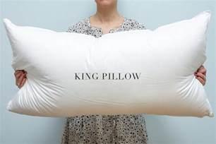 pillow sizes standard or king au lit