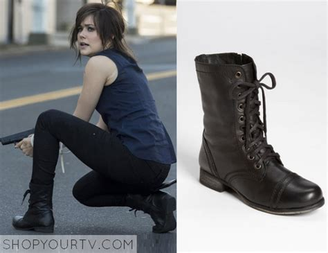 What Brand Are The Boots Elizabeth Keen Wears In The Blacklist | the blacklist season 1 episode 10 elizabeth s black boots