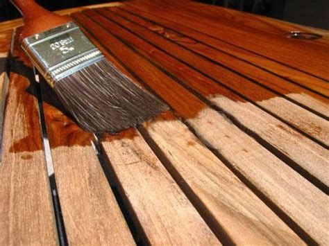 como barnizar madera nueva