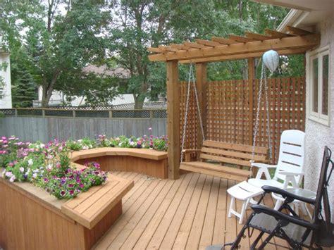 Planter Box Deck by Deck Swing Pergola And Built In Planter Box The Lawn Salon