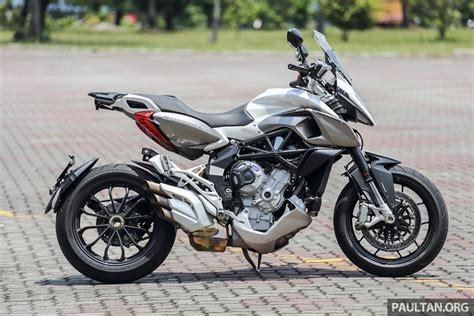 Style Of Home by Review 2016 Mv Agusta Stradale 800 Hooligan Style
