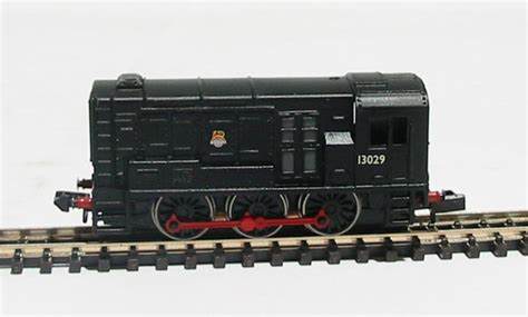 Farish Black Black 38 hattons co uk graham farish 371 008 class 08 shunter