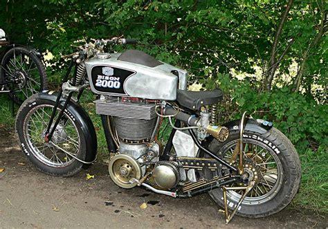 1 Zylinder Motorrad by Na Also Geht Doch 2 Liter Hubraum Aus Einem Zylinder
