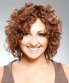 Short curly hair style for womens 10