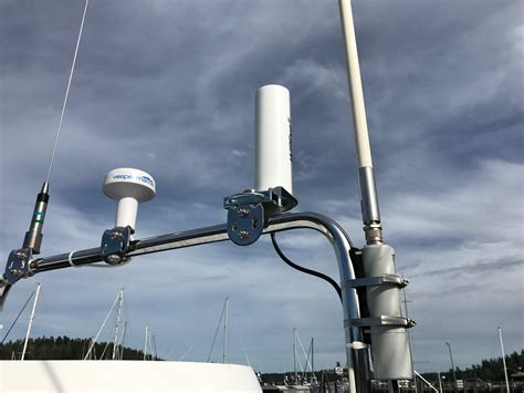 internet for boats best lte antenna and booster for the boat sailbits