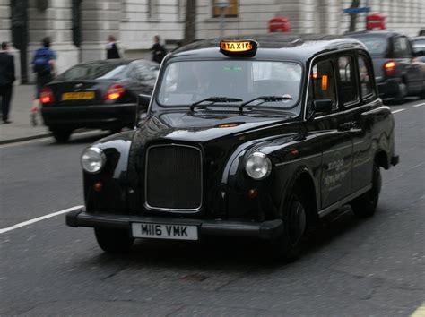 file black london cab jpg wikimedia commons - Black Cab London