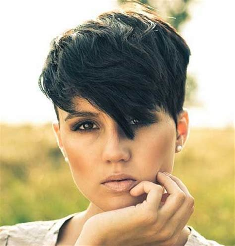 edgy short haircuts for thick hair 14 great short hairstyles for thick hair pretty designs