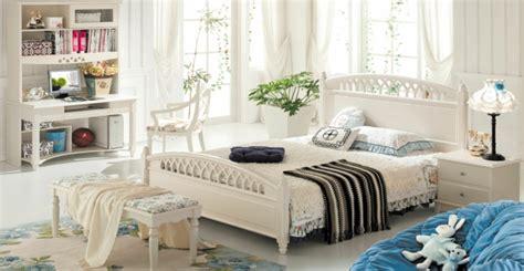 schlafzimmer bank bietet dem schlafzimmer mehr