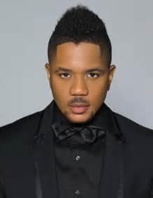 Short mohawk hairstyles for black men 001