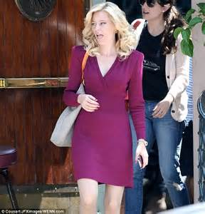 Dress Mercy Maroon elizabeth banks swaps casual workout gear for glamorous