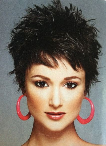 pixie cuts with spikes 20 short pixie haircuts femininity and practicality