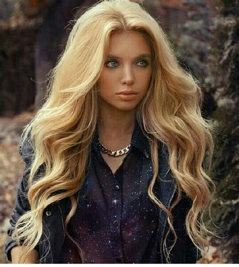 hairstyles for long voluminous hair see the top 25 smokin hot sexiest hair styles in 2016
