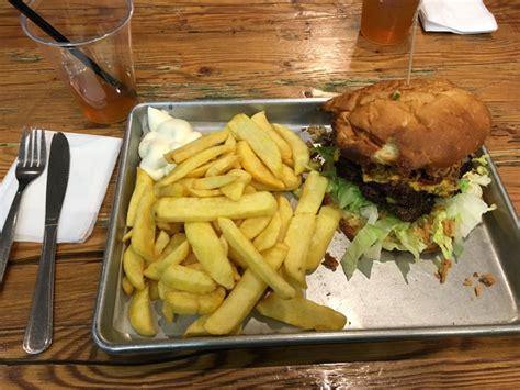 better burger company hamburg non fast food burger restaurant 7 better burger company