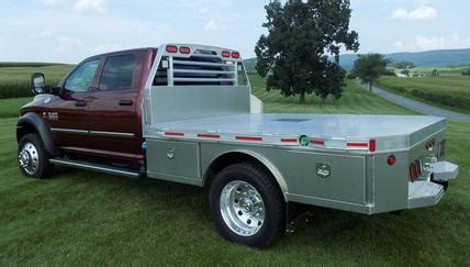 skirted aluminum flatbeds martin truck bodies serving