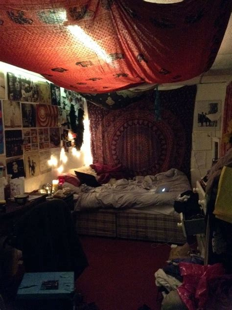 hippie bohemian bedroom 1000 ideas about hippy room on pinterest hippie bedrooms hippie room decor and
