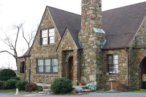building houses midland christian academy